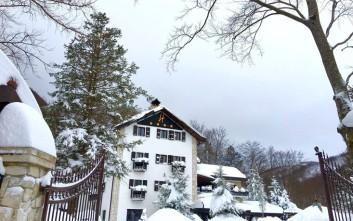 Ανασύρεται ο πρώτος νεκρός από το ξενοδοχείο στην Ιταλία που καταπλακώθηκε από χιονοστιβάδα