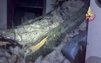 Ελπίδες μέσα στον πάγο, οκτώ επιζώντες στο ξενοδοχείο της Ιταλίας που θάφτηκε στο χιόνι