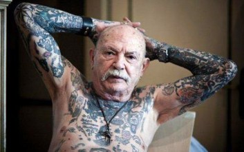 Πώς δείχνουν τα τατουάζ σε γερασμένα σώματα