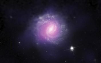 Ανακαλύφθηκαν δύο «καμουφλαρισμένες» τεράστιες μαύρες τρύπες