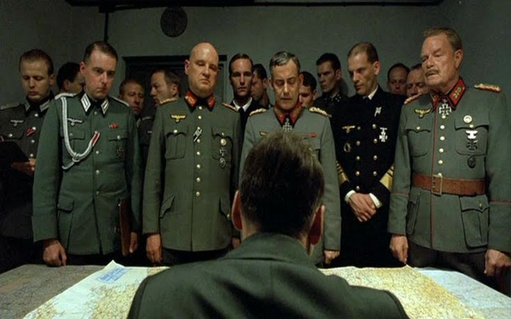 Ο «Νόμος» για τις διαδικτυακές συζητήσεις που καταλήγουν σε χαρακτηρισμούς για τον Χίτλερ και τους Ναζί