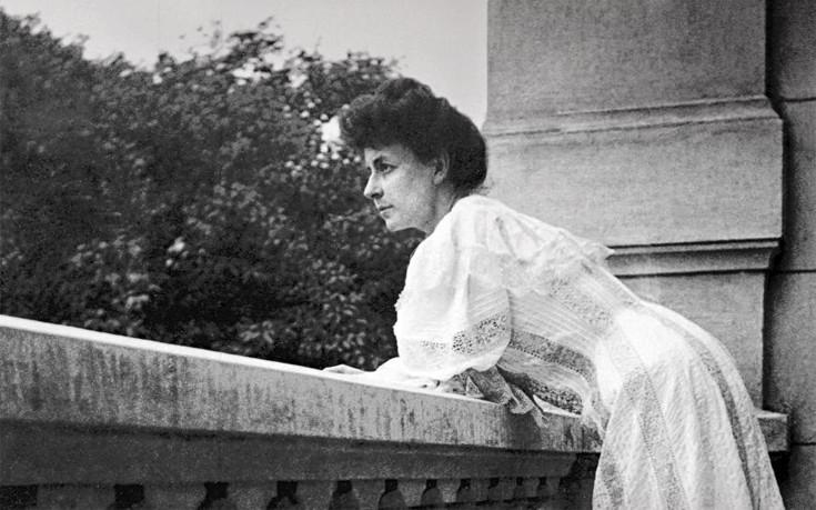 Η πατριώτισσα Πηνελόπη Δέλτα που έβαλε τέλος στη ζωή της όταν οι Ναζί πάτησαν την Αθήνα