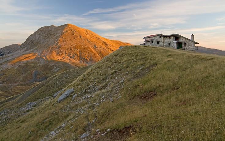 Βαρδούσια βουνό Ρούμελη