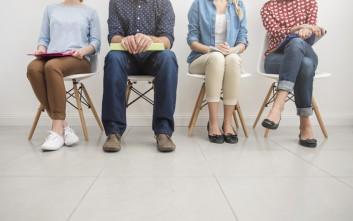 Ένας στους δέκα Ρουμάνους ψάχνει δουλειά στο εξωτερικό