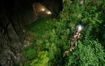 Μία κρυφή ματιά μέσα στη μεγαλύτερη σπηλιά στον κόσμο