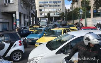 Μπλοκαρισμένο το κέντρο της Αθήνας λόγω Ματαρέλα και συγκέντρωση ΠΟΕ-ΟΤΑ