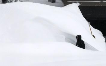 Σφοδρές χιονοπτώσεις πλήττουν και τις ΗΠΑ