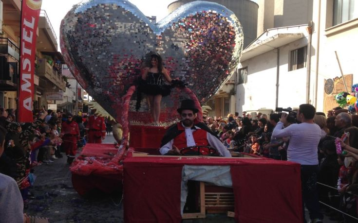 Άνοιξε αυλαία το καρναβάλι της Σούδας