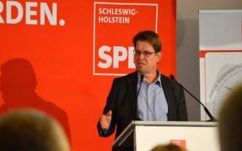 Στέγκνερ: Μία κυβέρνηση υπό το SPD θα χαλαρώσει τη λιτότητα στην Ελλάδα