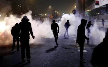 Δεκάδες οι συλλήψεις μετά τις ταραχές για τέταρτη μέρα στο Παρίσι