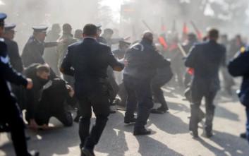Σοβαρά τραυματίας διαδηλωτής που προσήχθη στα Ιωάννινα
