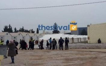 Άγρια συμπλοκή μεταξύ προσφύγων στα Διαβατά