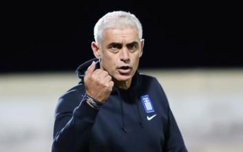 «Νικοπολίδης, ο έλληνας ήρωας του ποδοσφαίρου βοηθά τους πρόσφυγες»