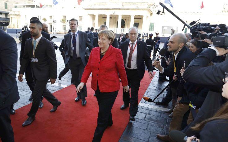 Welt: Η Μέρκελ αποχαιρετά αθόρυβα τη λιτότητα