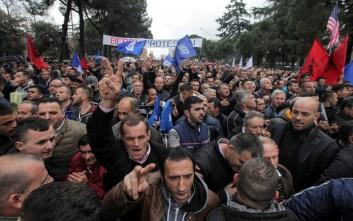2017-02-18T153559Z_517007516_RC1942D71500_RTRMADP_3_ALBANIA-PROTEST