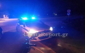 Αστυνομικοί κυνηγούσαν… άλογα στον δρόμο Λαμίας–Δομοκού