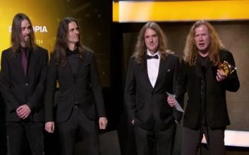 Οι Megadeth βραβεύτηκαν υπό τους ήχους των…  Metallica