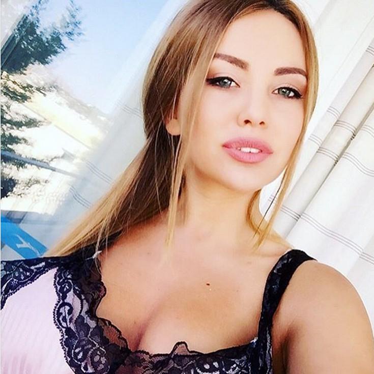 (Фото) Топ-10 самых сексуальных девушек Молдовы