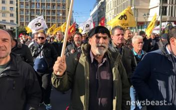 Πίσω στα μπλόκα οι αγρότες μετά την «απόβαση» στην Αθήνα