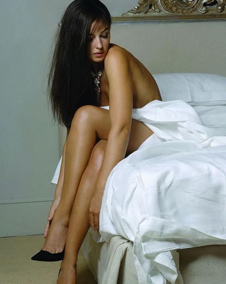 Γυμνό γυμνό θηλυκά