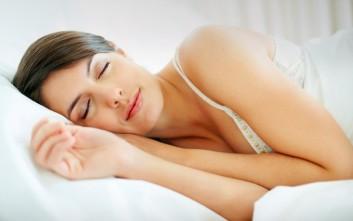 Έρευνα συνδέει το άσθμα με την αϋπνία