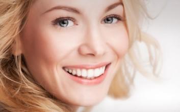 Φυσική οδοντόκρεμα για λαμπερά δόντια