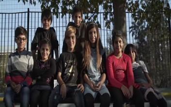 Το βίντεο με τα προσφυγόπουλα και η καταγγελία για μισάνθρωπη παραποίηση