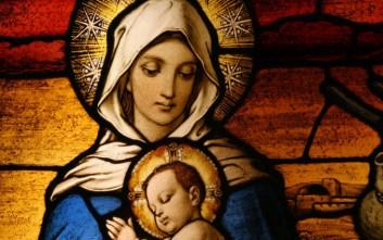 Γυναίκα άρχισε να «μιλάει» με την Παναγία λόγω όγκων στο κεφάλι