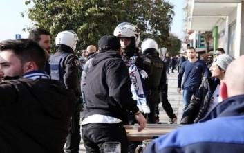 Φθορές σε παραλιακό καφέ προκάλεσαν οπαδοί της Σάλκε