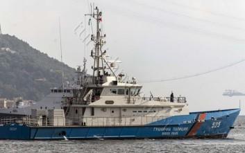 Σκάφος της Frontex διέσωσε 51 αλλοδαπούς ανοιχτά της Σάμου