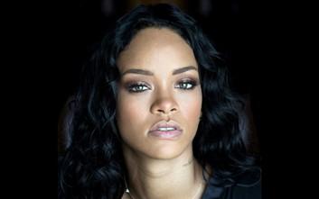 Το Χάρβαρντ τιμά την Rihanna για το φιλανθρωπικό της έργο
