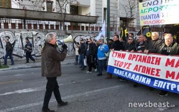 Ξεκίνησε η πορεία των αγροτών προς τη Βουλή
