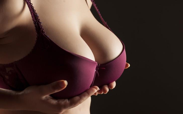 «Έβαλα σιλικόνη στο στήθος και το μετάνιωσα»
