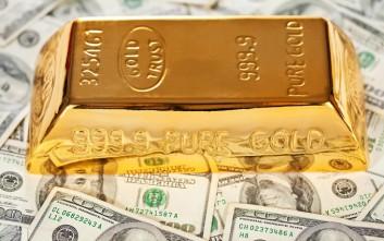 Οι σόλες των παπουτσιών έκρυβαν 2 κιλά χρυσού