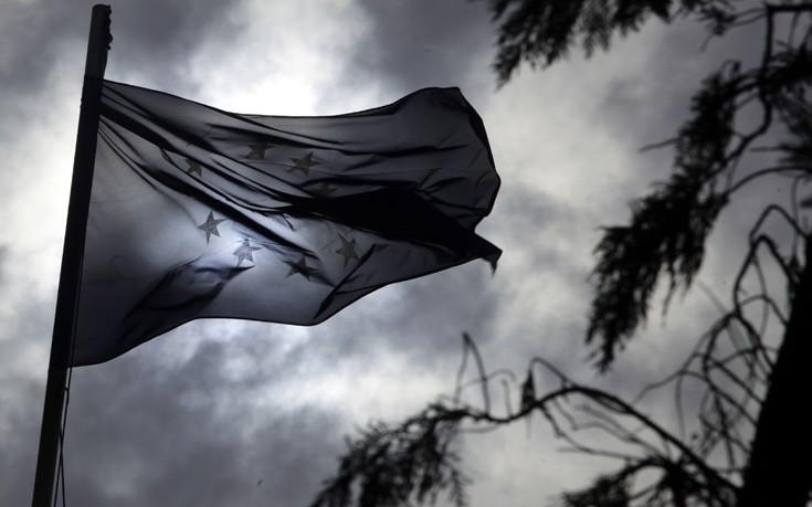 Απαισιόδοξοι οι Έλληνες για το μέλλον της ΕΕ