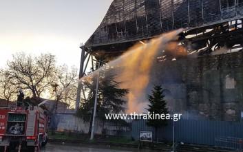 Ολοσχερής καταστροφή της στέγης του τεμένους Βαγιαζήτ