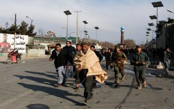 Τουλάχιστον 30 νεκροί από την επίθεση σε νοσοκομείο της Καμπούλ