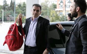 Τον Νοέμβριο αναμένεται η επιστροφή των θεσμών στην Αθήνα