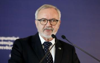 Χόγιερ: Η Ευρώπη χρειάζεται μια αλλαγή παραδείγματος στην αναπτυξιακή πολιτική