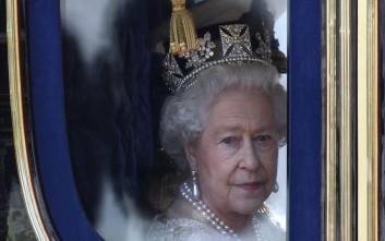 Η αντίδραση της βασίλισσας Ελισάβετ όταν βρήκε γυμνοσάλιαγκα στη σαλάτα της