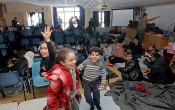 Έτοιμοι για μετεγκατάσταση στη Γαλλία 234 πρόσφυγες που βρίσκονται στην Ελλάδα