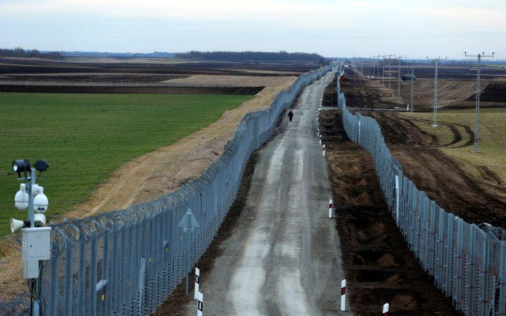 Έτοιμος στα τέλη Μαΐου ο δεύτερος φράχτης στην Ουγγαρία