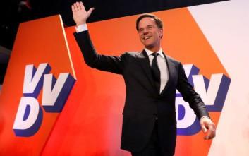 Η Ευρώπη πανηγυρίζει την ήττα του λαϊκισμού στην Ολλανδία