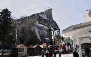 «Σπινθήρες ηλεκτροσυγκόλλησης» κατέστρεψαν το τέμενος Βαγιαζήτ