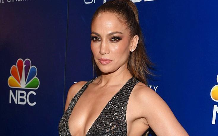Η Jennifer Lopez είναι το κορίτσι της ντίσκο
