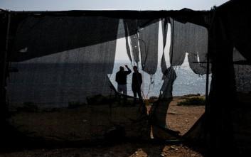 Ένα φωτογραφικό ρεπορτάζ στους πρόσφυγες της Χίου