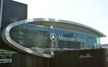 Ανακαλούνται 1 εκατ. Mercedes-Benz λόγω κινδύνου ανάφλεξης