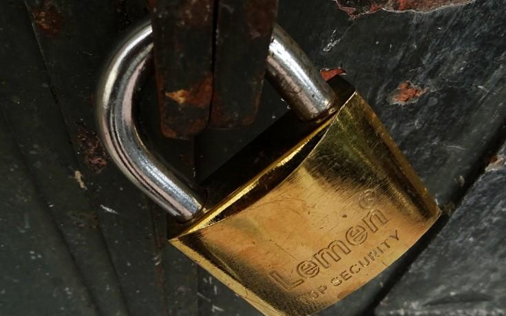 Με απειλές υποδέχονται επιχειρηματίες τους ελεγκτές της εφορίας