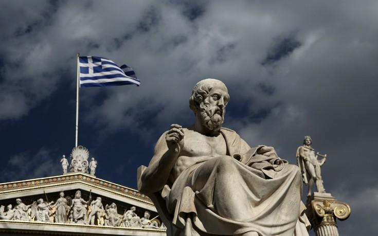 The Economist: Η ανάπτυξη επέστρεψε στην Ελλάδα αλλά μάταια, οι πληγές παραμένουν