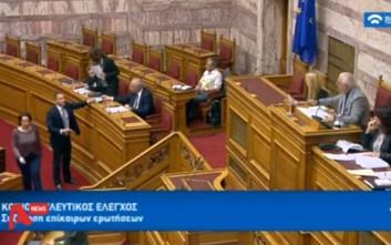 Ένταση στη Βουλή ανάμεσα σε Κασιδιάρη και Παπανάτσιου